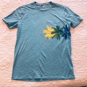 Gap men's size small tee excellent condition